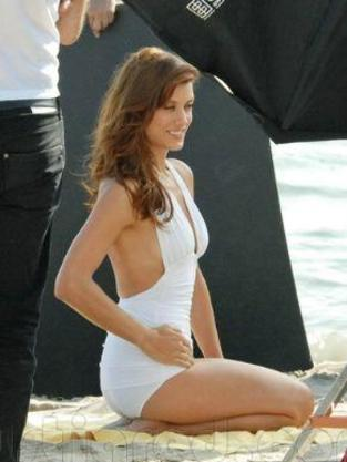 Kate Walsh Swimsuit Photo