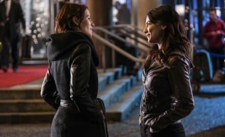 Alex and Maggie - Supergirl Season 2 Episode 17