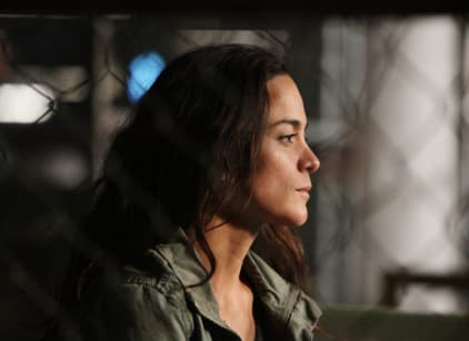 Watch Queen of the South Season 1 Episode 6 Online