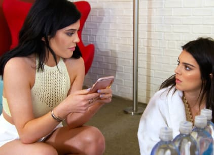 Watch Keeping Up with the Kardashians Season 12 Episode 1 Online