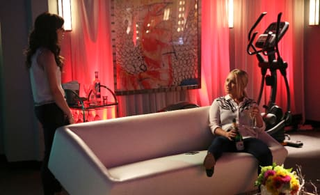 Layla & Juliette - Nashville Season 4 Episode 1