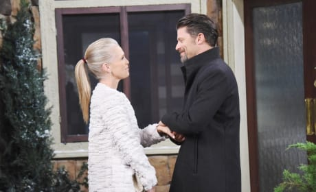 Jennifer and Eric Get Romantic - Days of Our Lives