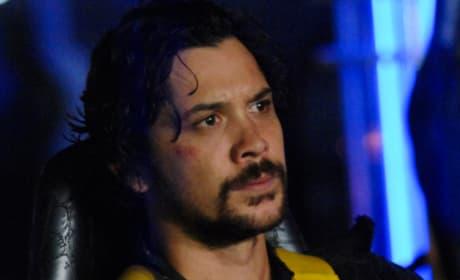 Bellamy Coming Down  - The 100 Season 6 Episode 1