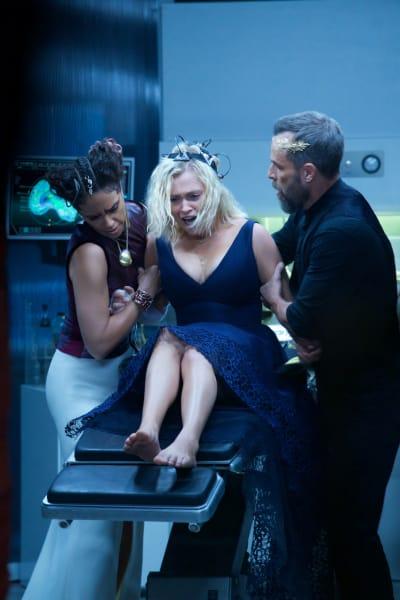 Josephine Wakes Up - The 100 Season 6 Episode 5