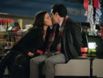 Christmas Kisses - Superstore