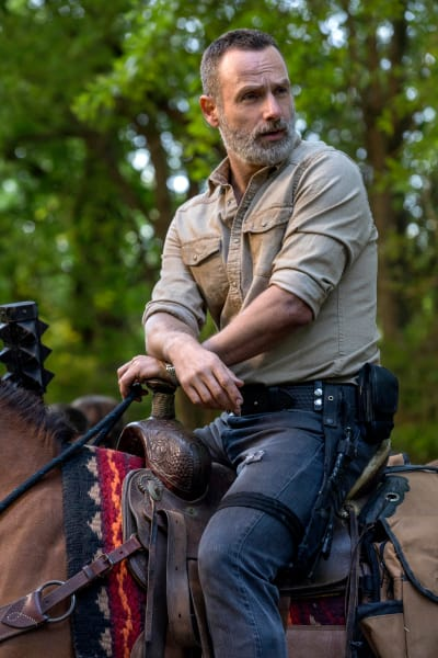 Get Off Your High Horse - The Walking Dead Season 9 Episode 4