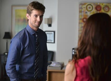 Watch Pretty Little Liars Season 5 Episode 15 Online