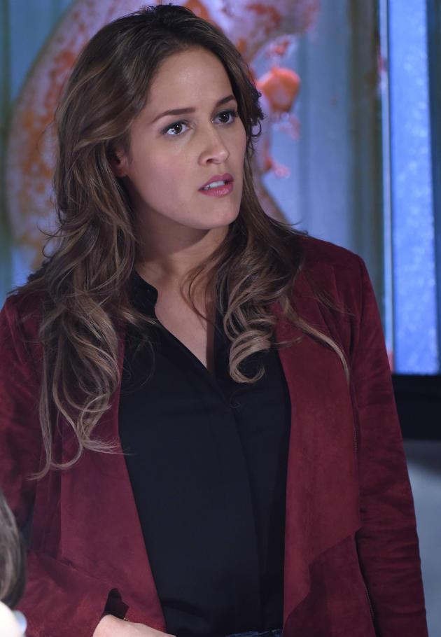 Grey's Anatomy Spinoff: Jaina Lee Ortiz Lands Lead Role ...