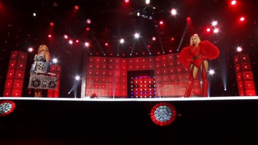 Kandy Muse vs. Joey Jay - RuPaul's Drag Race Season 13 Episode 1