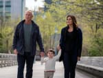 Lives Are On The Line - Law & Order: SVU