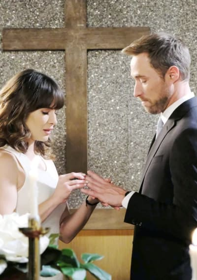 Sarah and Rex Marry - Days of Our Lives