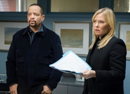 Watch Law & Order: SVU Season 19 Episode 10 Online