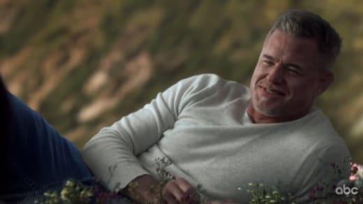 Mark Lounges  - Grey's Anatomy Season 17 Episode 10