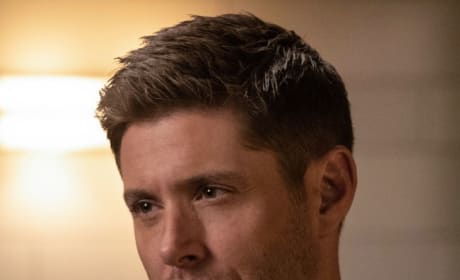 Dean Dressed To The Nines - Supernatural Season 14 Episode 3