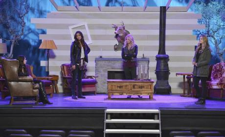Liars on Stage