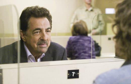 Welcome Visitor - Criminal Minds Season 12 Episode 18