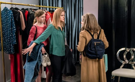 Marlowe Offers Advice - Dietland Season 1 Episode 4