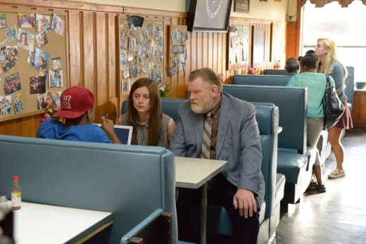 Hodges Needs Jerome - Mr. Mercedes Season 1 Episode 7