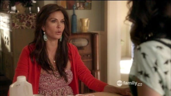 Weirdly Obsessed on Supergirl - Teri Hatcher