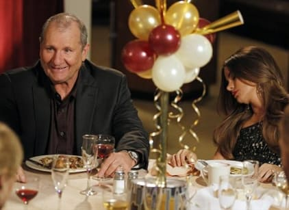 Watch Modern Family Season 4 Episode 11 Online