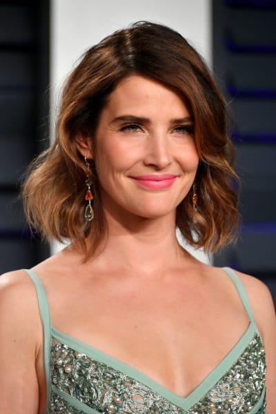 Cobie Smulders Attends Vanity Fair Oscar Party