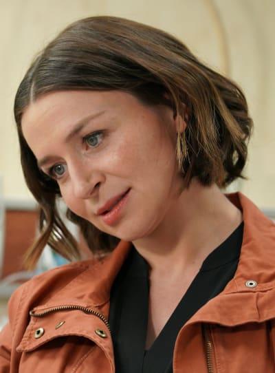 Compassionate Amelia - tall  - Grey's Anatomy Season 16 Episode 7