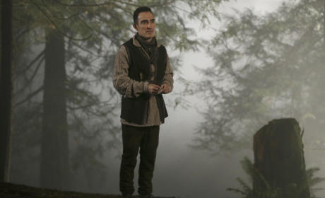 The Author on the Run - Once Upon a Time Season 4 Episode 18