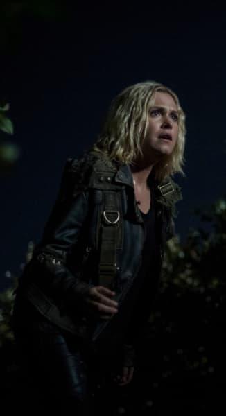 Clarke in Sanctum - The 100 Season 6 Episode 3