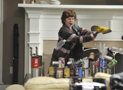 Watch Modern Family Season 2 Episode 5 Online