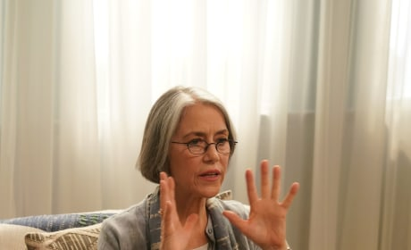 Carol Potter on BH90210 Season 1 Episode 3
