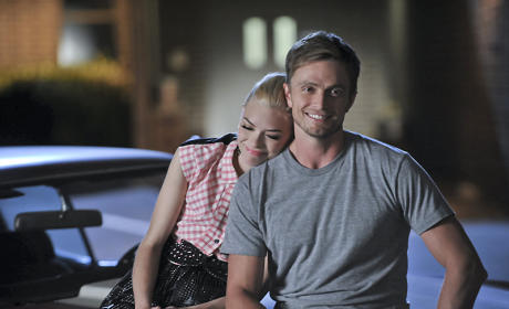 Good Friends - Hart of Dixie Season 4 Episode 10