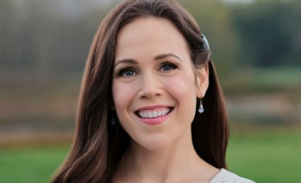When Calls the Heart's Erin Krakow Talks Elizabeth's Passions, Balancing a Nuanced Love Story