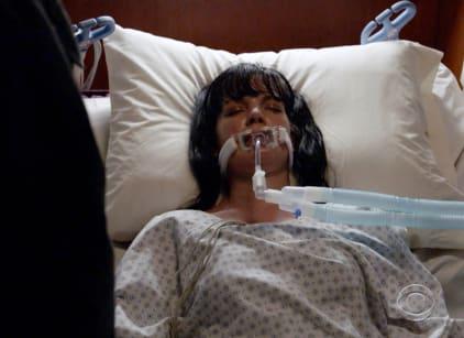 Watch NCIS Season 15 Episode 22 Online