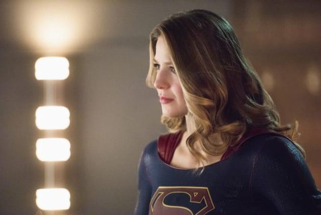Kara's Mission - Supergirl Season 2 Episode 15