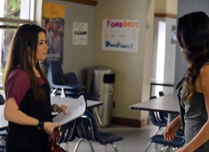 Watch Pretty Little Liars Season 3 Episode 3 Online