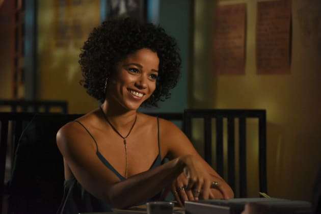 Maia's Smile - Shadowhunters Season 2 Episode 7
