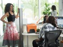 Girlfriends' Guide to Divorce Season 2 Episode 2