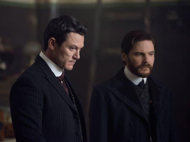 Dynamic Duo - The Alienist Season 1 Episode 7