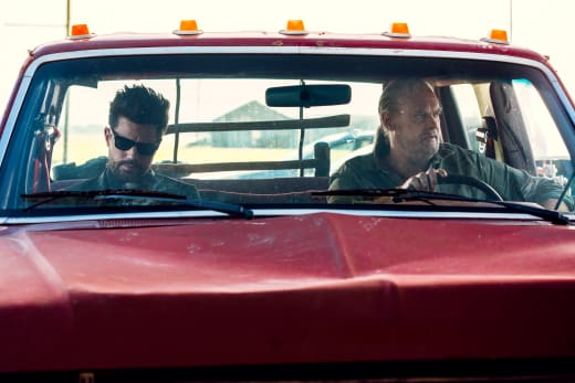 Jody and Jesse Hunting for Souls - Preacher Season 3 Episode 3