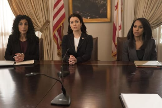 Testifying Against Mellie - Scandal