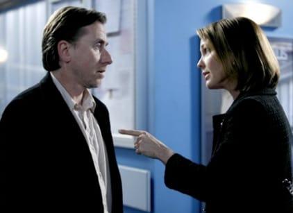 Watch Lie to Me Season 1 Episode 9 Online