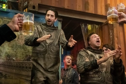 Cheers to the Heroes - Snowpiercer Season 1 Episode 6