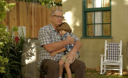 Watch Modern Family Online: Season 8 Episode 7