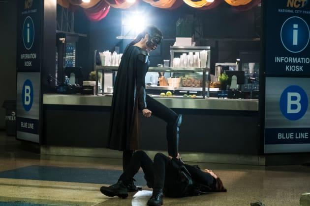 Alex Is Down! - Supergirl Season 3 Episode 13