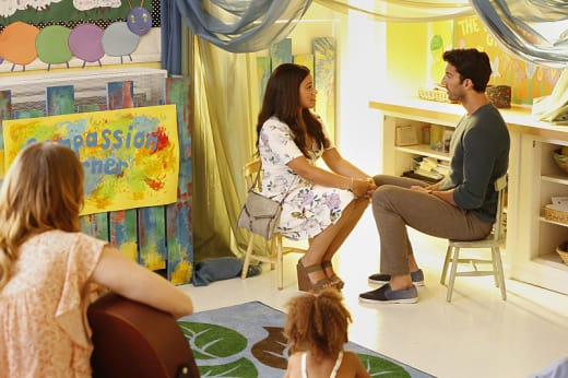 Compassion Corner - Jane the Virgin Season 3 Episode 2