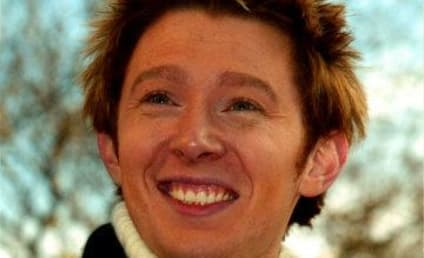 Clay Aiken is Charitable for Christmas