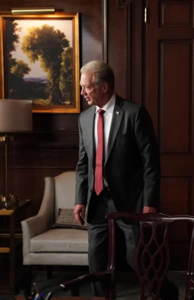 Cyrus is Mad - Scandal Season 7 Episode 5