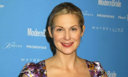 Kelly Rutherford Settles Divorce, Custody ... For Now