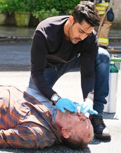 Devon Treats on the Scene - tall - The Resident Season 4 Episode 13
