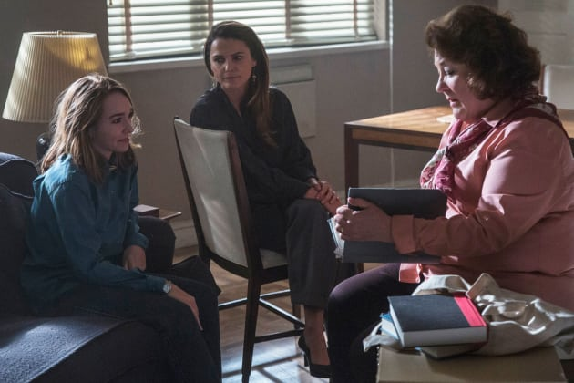 Discussing Great Losses - The Americans Season 6 Episode 5